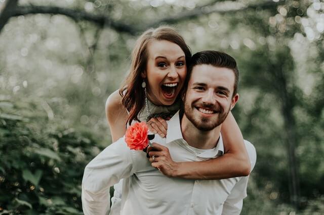 結婚相談所で美人と結婚した男性