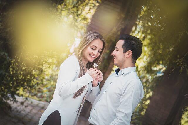 結婚相談所の流れにある交際を進める二人
