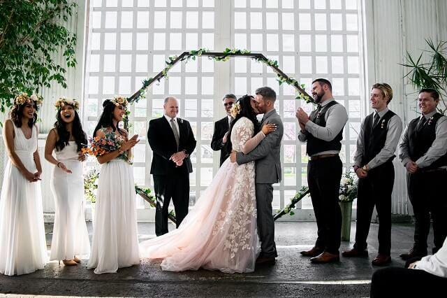 結婚相談所の流れにある成婚退会した二人